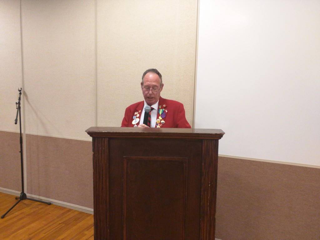 Lions District Governor Dick Schwedersky addresses the Janesville All-City Service Club Meeting on Dec. 3, 2016 at the Pontiac Convention Center.